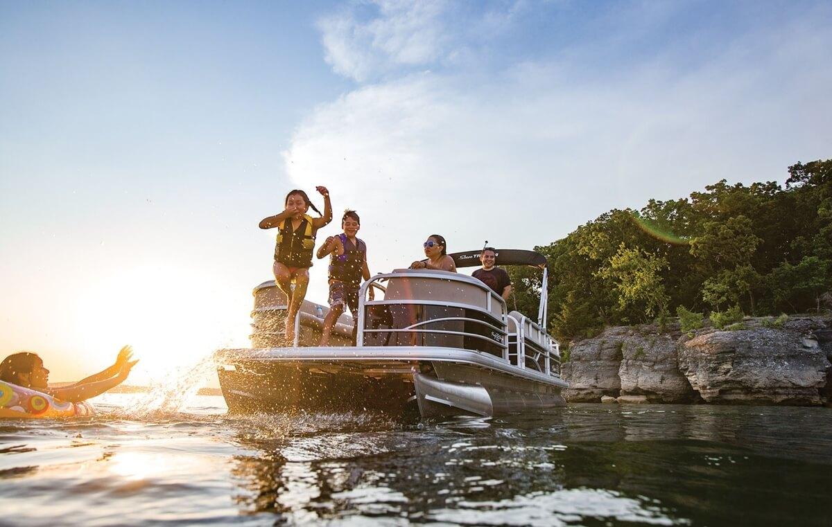Boat Rentals | Wolf Creek Marina